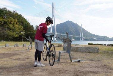 人気のサイクリングエリア、しまなみ海道。自転車旅で楽しむ素敵な景色とアート。