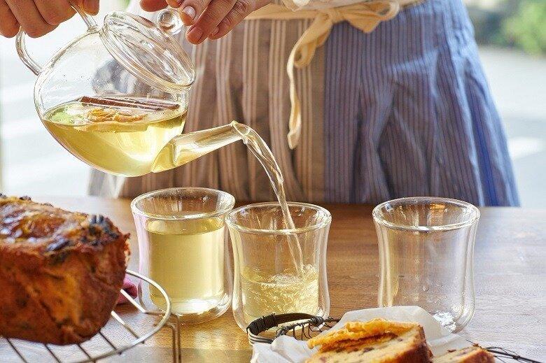 OVEで使用しているのは、iwakiのティーポットとグラスです。カフェで使用していたところご好評いただき、販売するようになりました。使い勝手が良いので、ぜひお試しを!