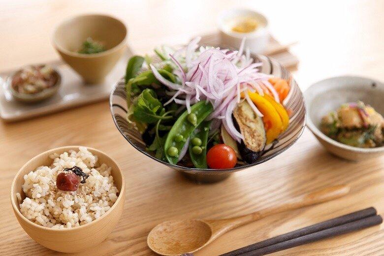夏の薬膳 ひじき蕎麦 、7月20日スタート!