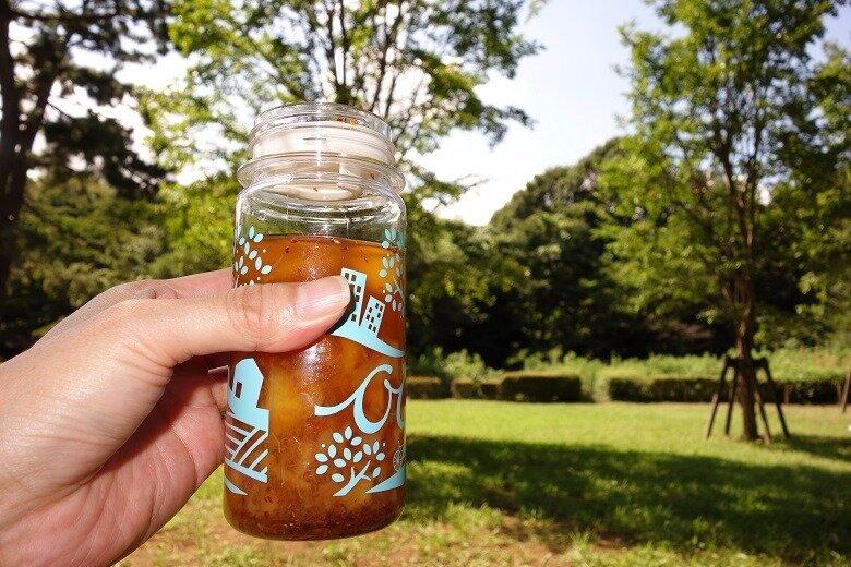 旬の果物を使って外でもお家の中でも楽しめるドリンクをご紹介。束の間の、気持ちの良い季節を満喫しましょう。